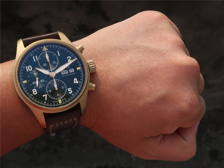 Replica IWC IW387902 Wrist Shot