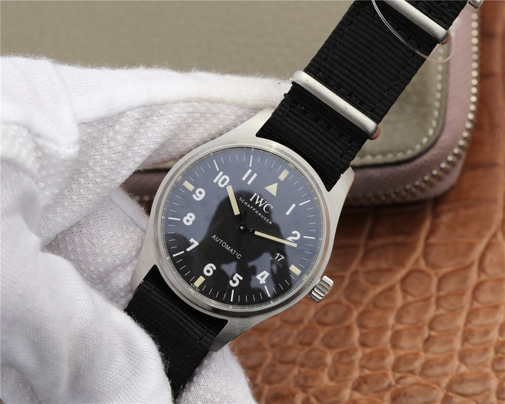 Replica IWC Pilot Black