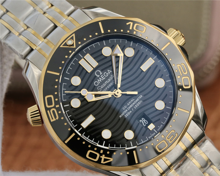 Replica Omega Seamaster Wave Dial