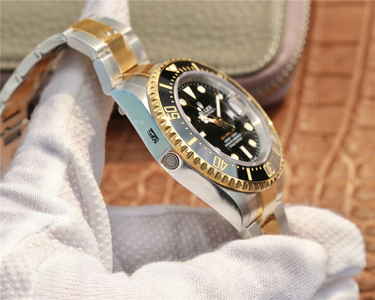 Rolex Sea-Dweller He Valve Button