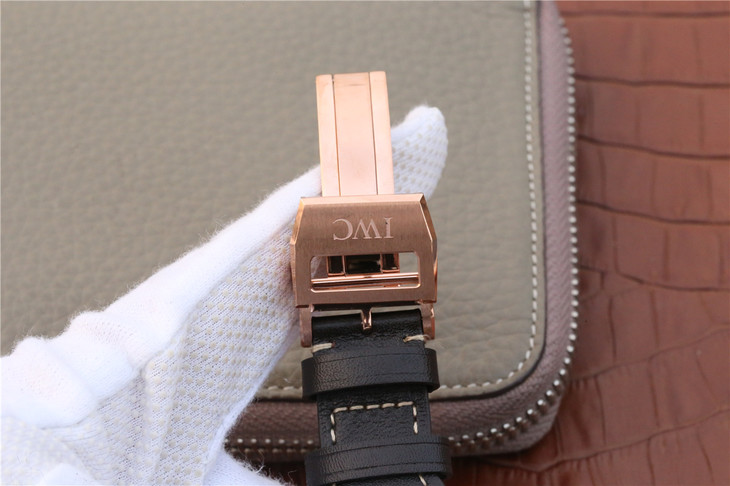 IW502701 Rose Gold Buckle