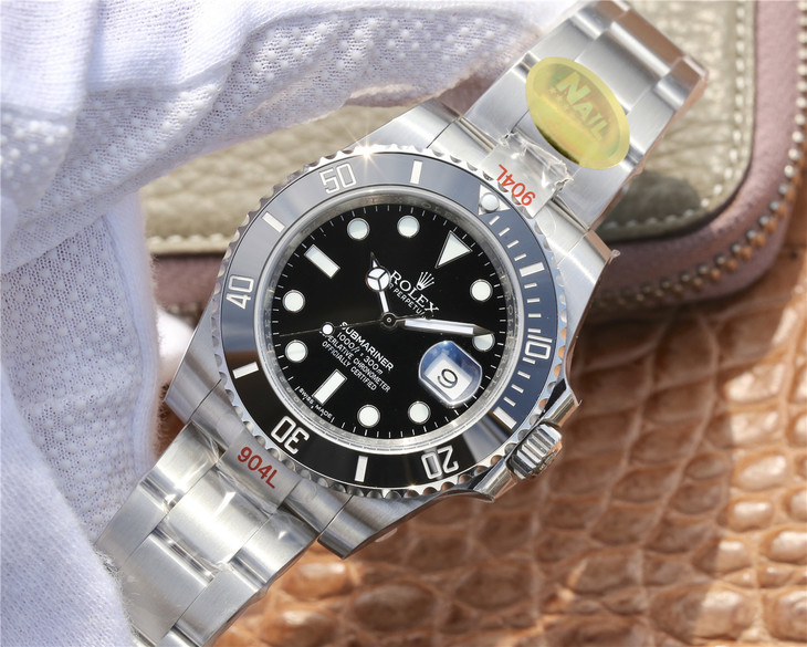 Nail Replica Rolex Submariner 116610LN