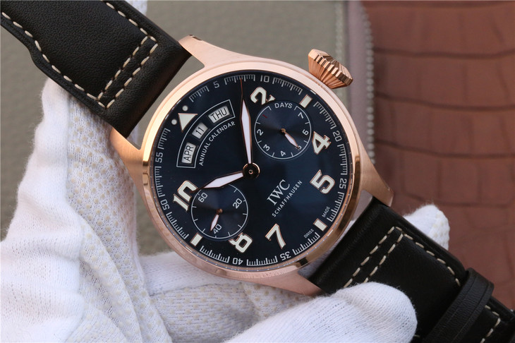 Replica IWC Big Pilot Rose Gold Watch