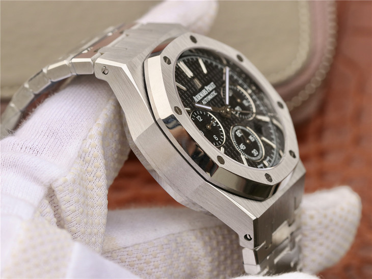 Audemars Piguet Royal Oak Chronograph Stainless Steel Case