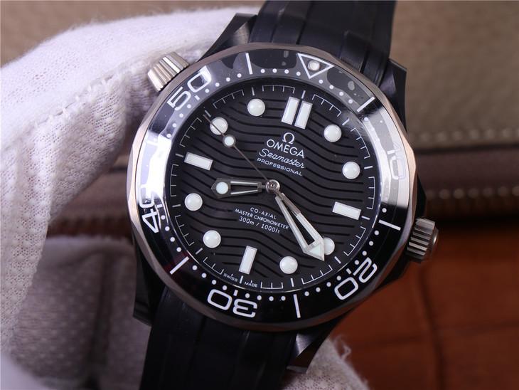Replica Omega Seamaster Diver Black Lume Dial