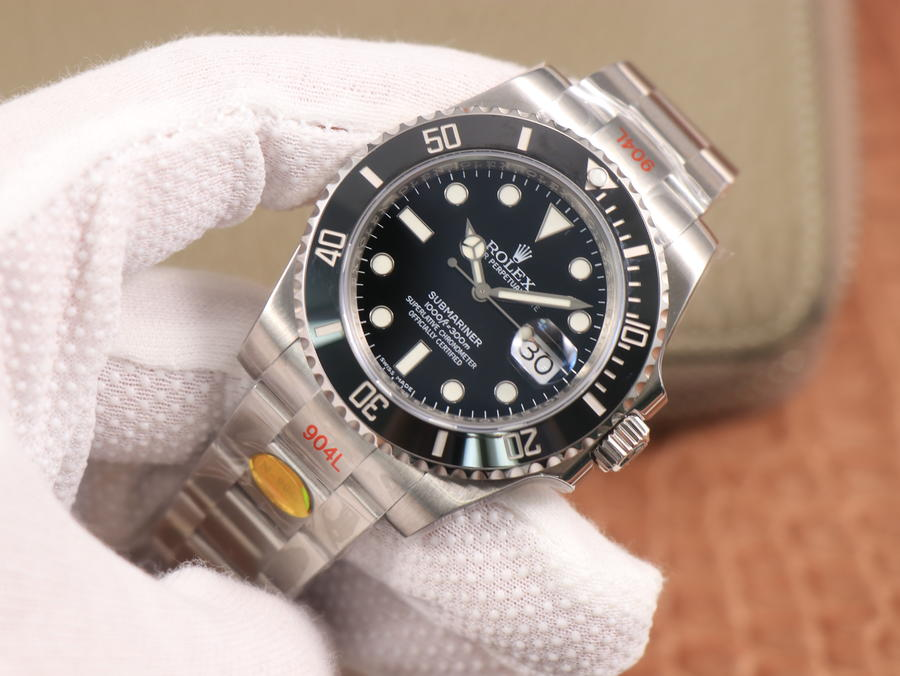 Noob V10 Rolex Submariner 116610LN Replica