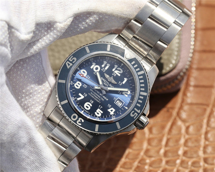 Replica Breitling Superocean Blue Watch