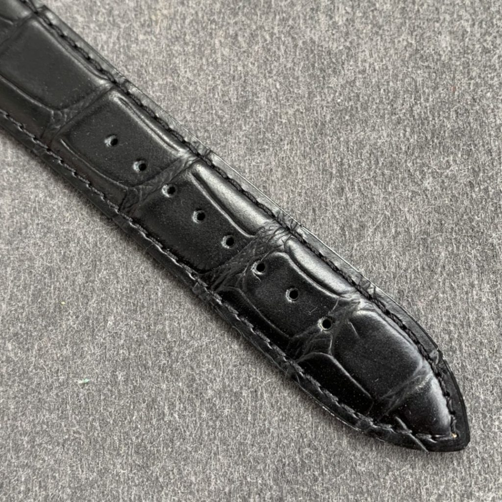 Replica Jaeger LeCoultre Black Leather Strap