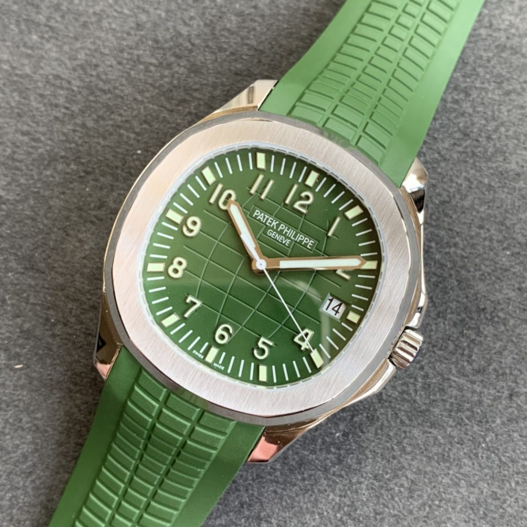 Replica Patek Philippe Aquanaut Green