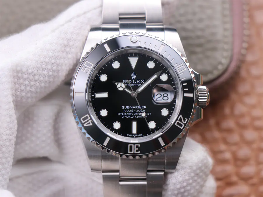 Replica Rolex Submariner 116610LN Noob V11