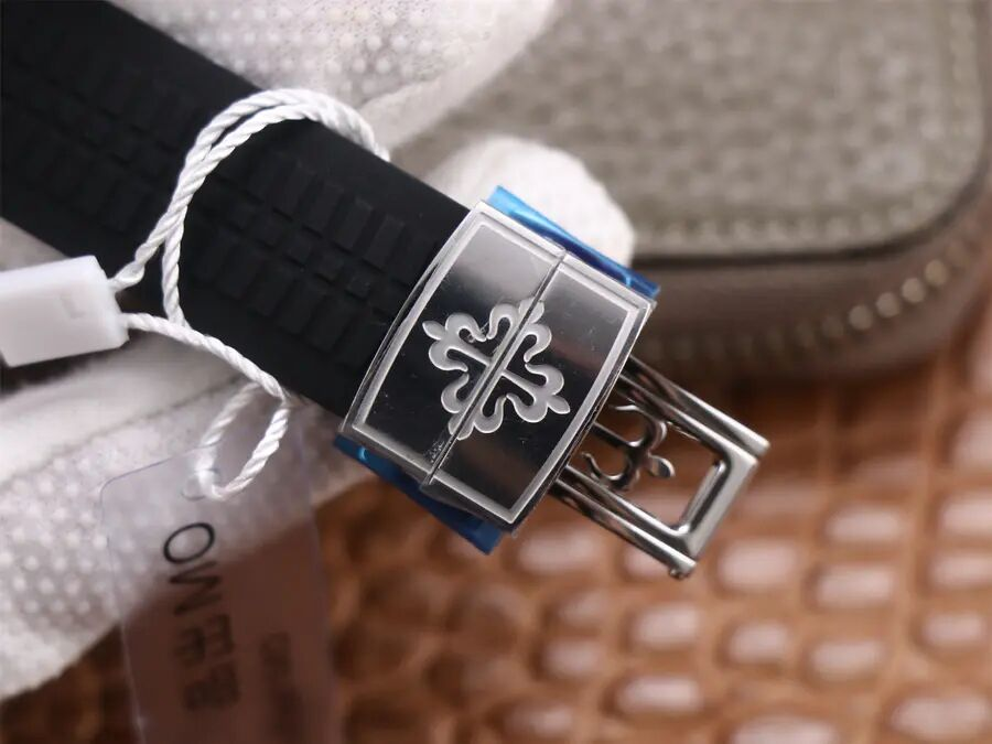 Patek Philippe 5968A Buckle