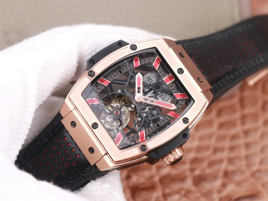 Replica Hublot MP06