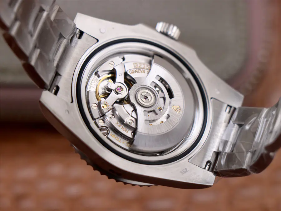 Rolex 126610LV 3235 Movement