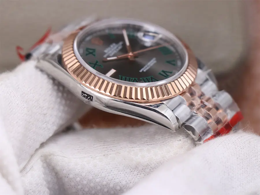 Replica Rolex Datejust II Rose Gold Bezel