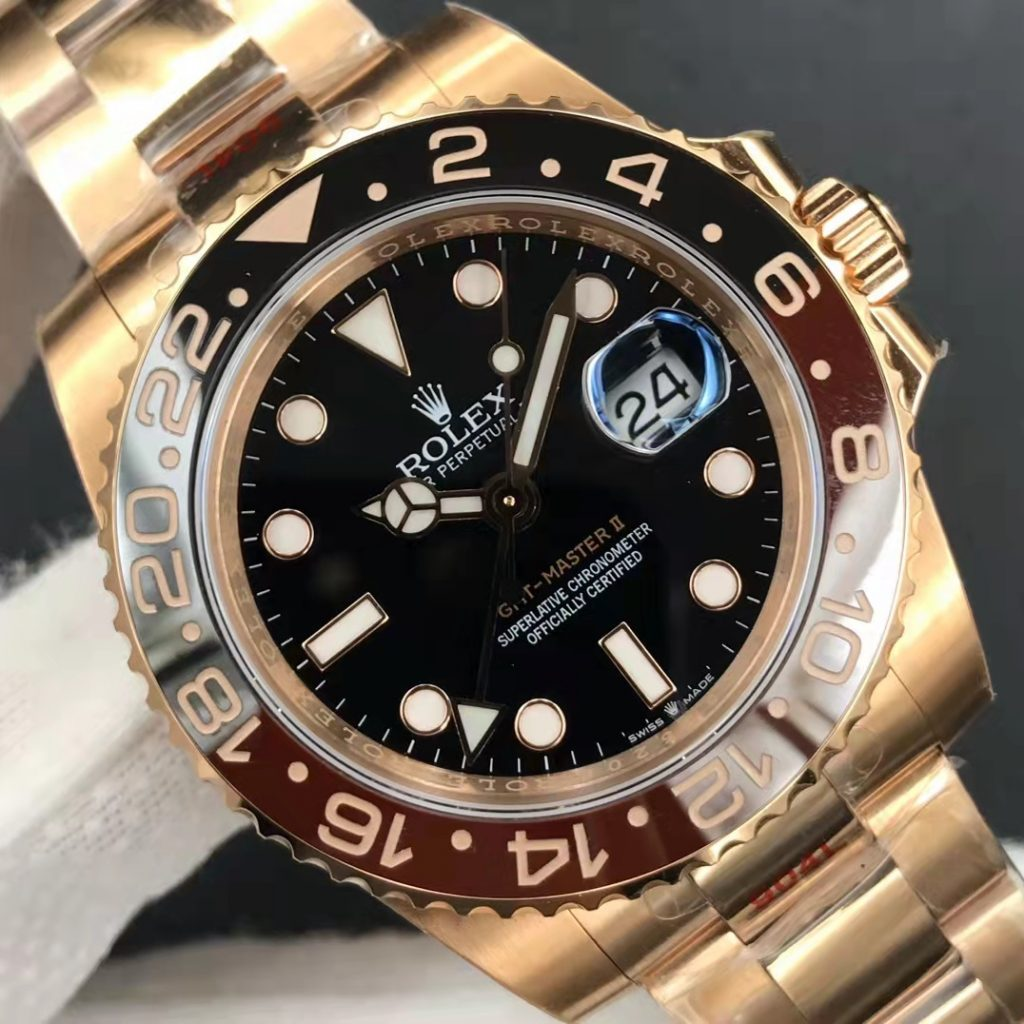 Rolex GMT-Master II 126715 Dial