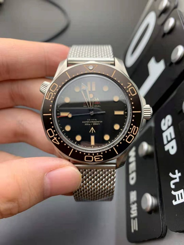 Replica Omega Seamaster No Time to Die
